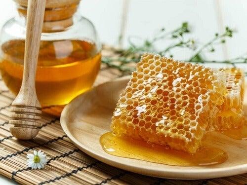 Vervang suiker door honing