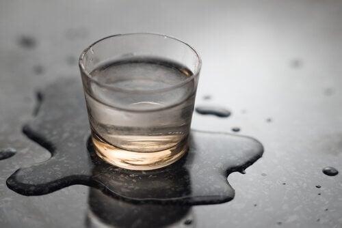 Water dan fluoride bevat