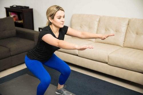 Meisje doet squat