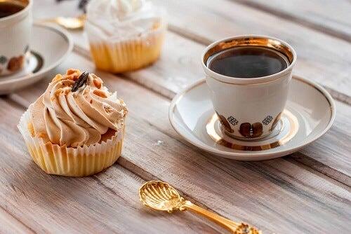 3 soorten cupcakes met weinig suiker voor bij het ontbijt