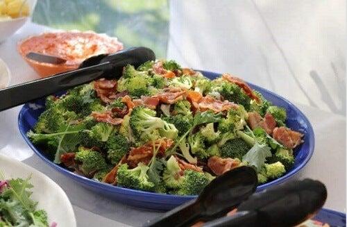 Ovenschotel met broccoli en ham, een gemakkelijk recept