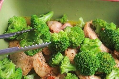 Ovenschotel met broccoli en ham