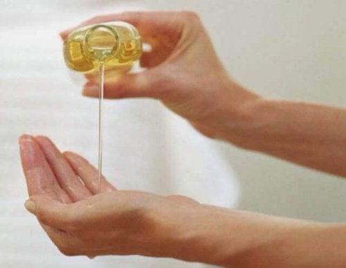Amandelolie voor de huid