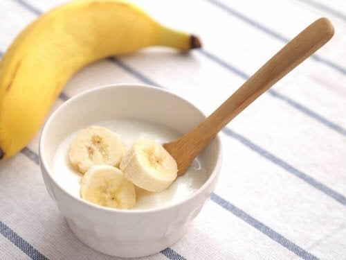 Banaan en yoghurt