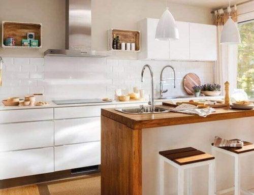 Keuken Kleine Kleur : Geniale manieren om een kleine keuken in te richten gezonder leven