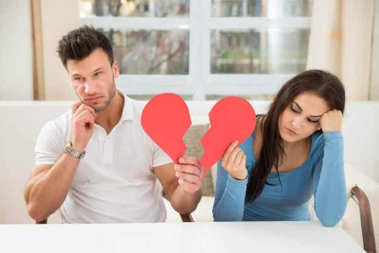 5 manieren waarop je lichaam reageert op een relatiebreuk