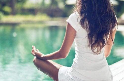 3 yogahoudingen voor een gezonder bekken