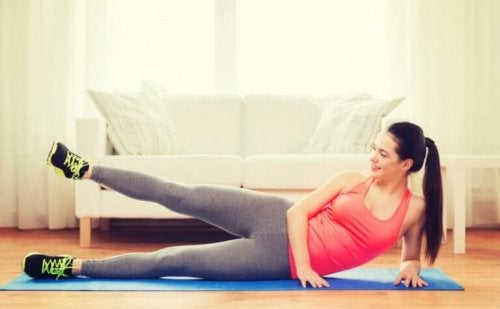 De spieren van het bovenbeen trainen