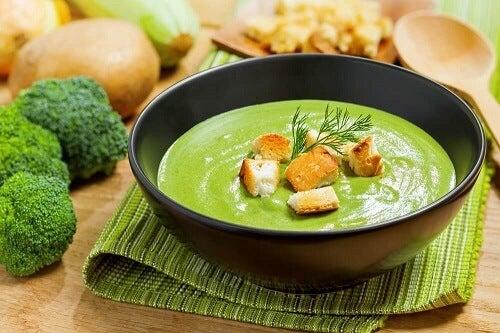 Lekkere recepten voor gebonden broccolisoep