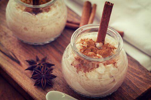 Geniet van dit recept voor een rijstpudding met weinig calorieën