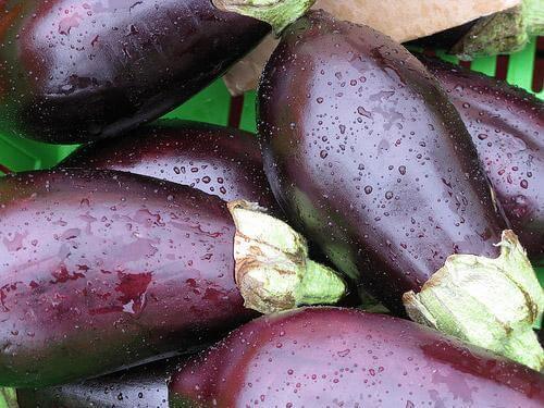 Hoe maak je gepaneerde aubergine