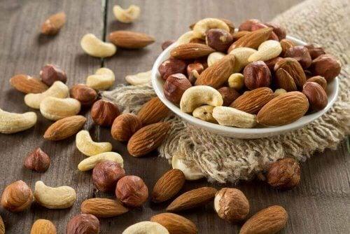 Met noten kalmeer je je zin in zoetigheden