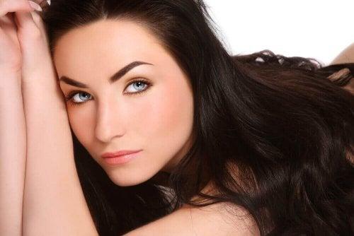Natuurlijke oplossingen voor mooi en sterk haar