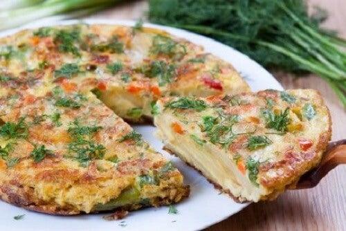 Spaanse tortilla met aardappelen en groenten