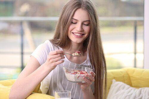 Wat moet ik als ontbijt eten om gewicht te verliezen?