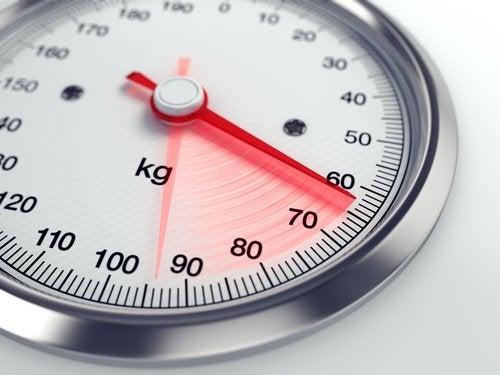 Gewicht verliezen om je gedurende de dag minder slaperig te voelen