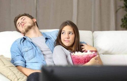 5 redenen waarom ongelukkige koppels bij elkaar blijven