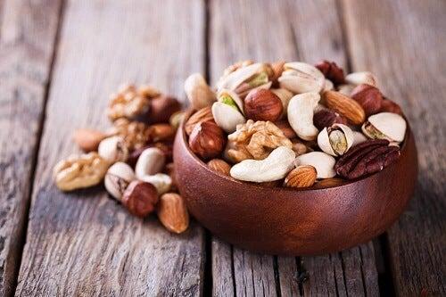 Eet noten en zorg voor je huid
