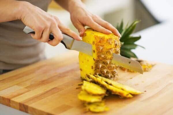 De voordelen van verse ananas bij constipatie