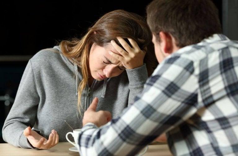 Hij bedroog mij met mijn beste vriendin, en nu?