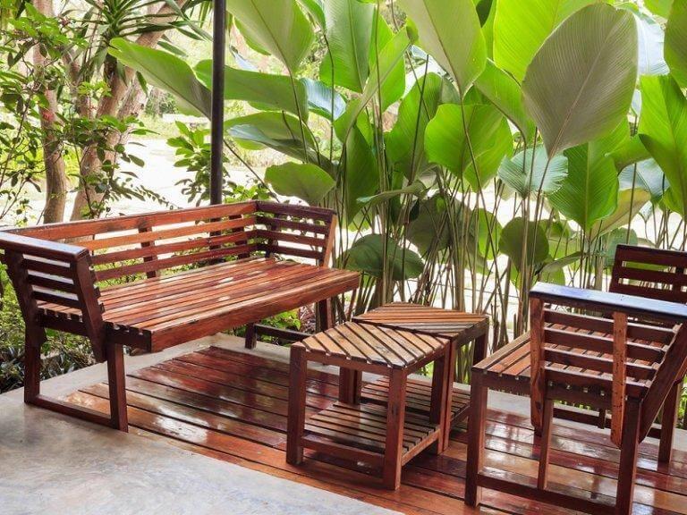 Hoe onderhoud je houten meubelen?
