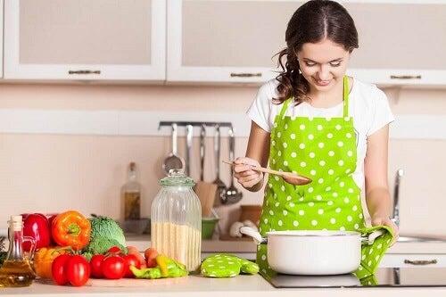 10 interessante keukentrucjes waardoor je zin krijgt om te koken