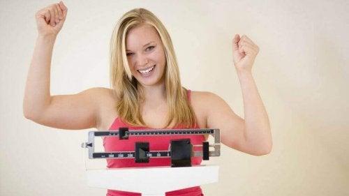 Minder suiker eten leidt tot gewichtsverlies
