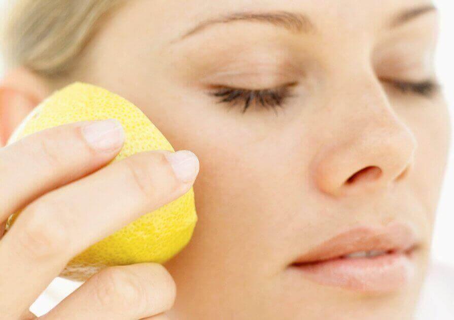 Citroensap goed voor je huid
