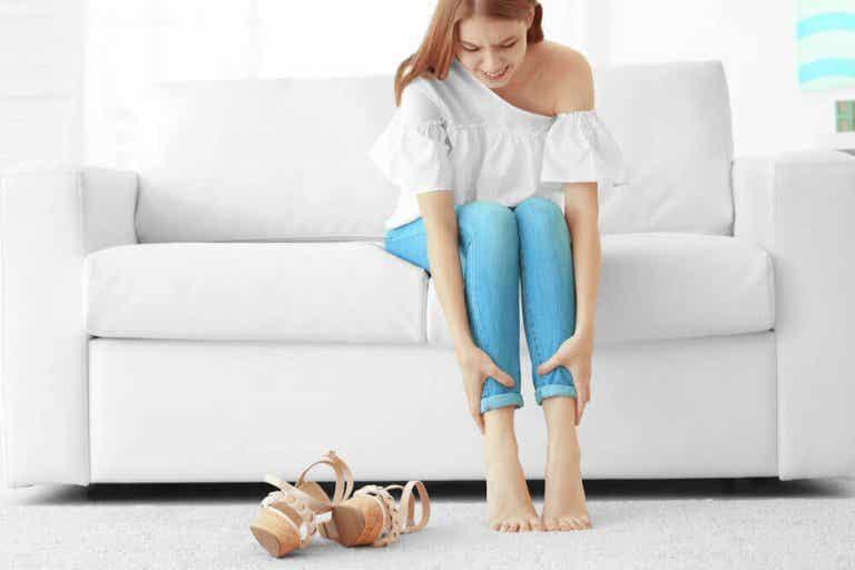 Pijnlijke en zware benen: zo vind je verlichting