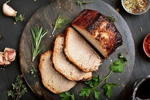 Heerlijk recept voor varkenshaas met blauwader kaas