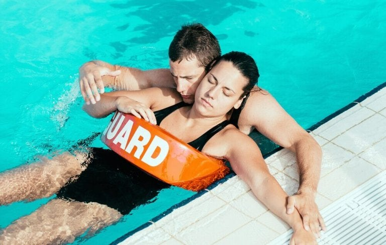 Verdrinkingssymptomen na het zwemmen