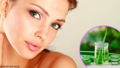 Zelfgemaakte gezichtstonics voor een schone huid