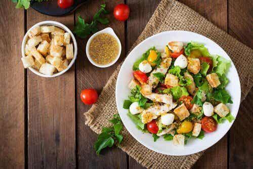 2 recepten voor caesarsalade