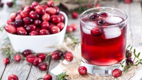 Urineweginfecties bestrijden is een van de geneeskrachtige toepassingen van cranberry's