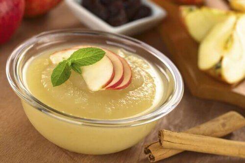 Zelf babyvoeding maken zoals appelmoes