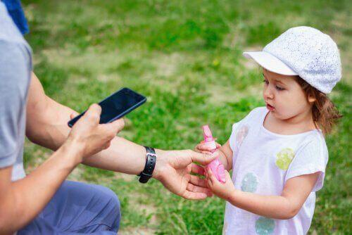 wat moeten je kinderen doen als ze verdwaald raken