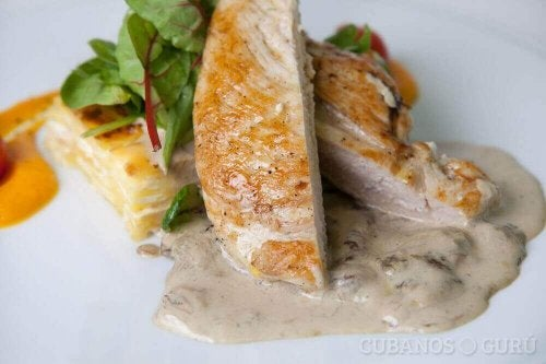 Probeer dit recept voor kip in kaassaus