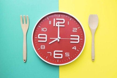 Wat is het juiste tijdstip om te eten?