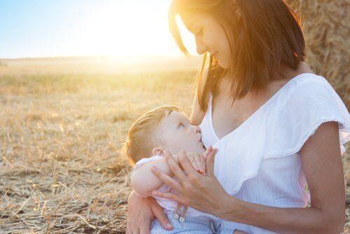 borstvoeding geven helpt bij het afvallen