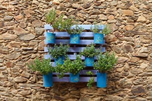 Plantenpotten van aluminium blikken