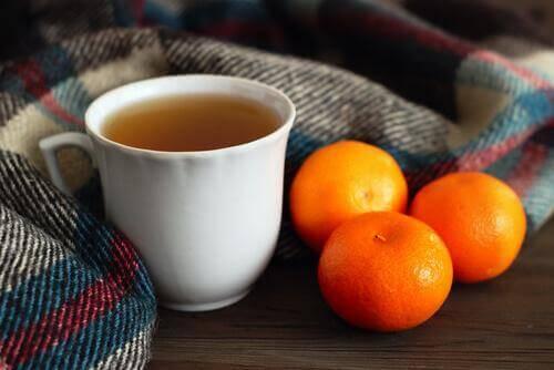 Thee van mandarijnenschil tegen slapeloosheid