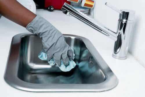 5 voorwerpen in je huis die bacteriën verzamelen