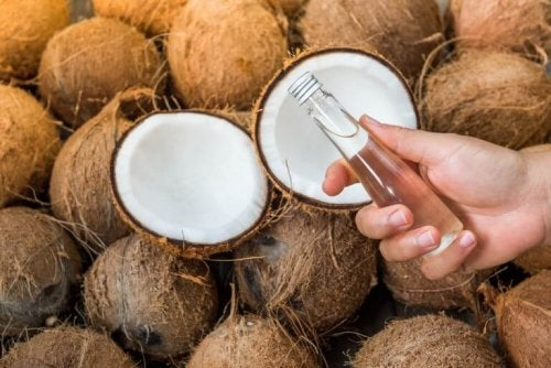 Kokosolie en kokosnoten