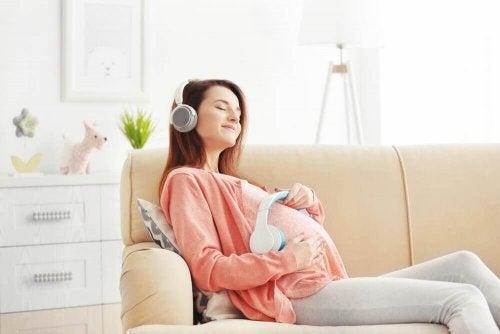 Luister naar muziek tijdens je zwangerschap