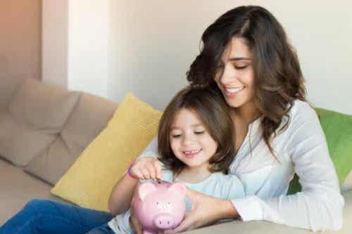 Manieren waarop je je kinderen kunt leren sparen
