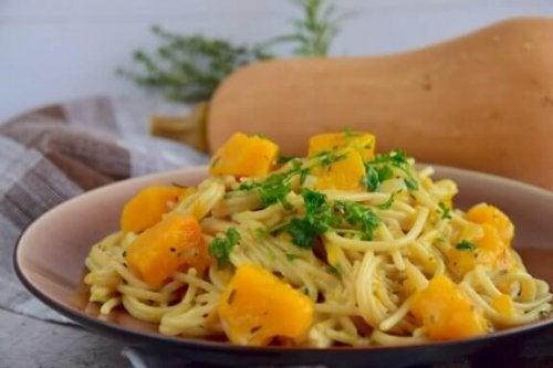 Probeer dit heerlijke recept van spaghetti met pompoen!