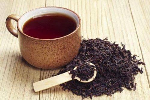 Zwarte thee als remedie tegen een tandabces