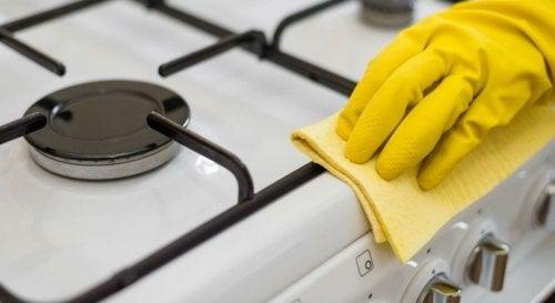 Fornuis natuurlijk schoonmaken