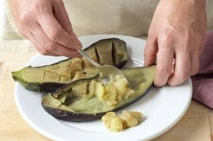 gevulde aubergine met groenten