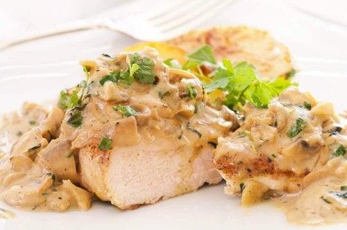 Heerlijk recept voor kipfilets met kaassaus